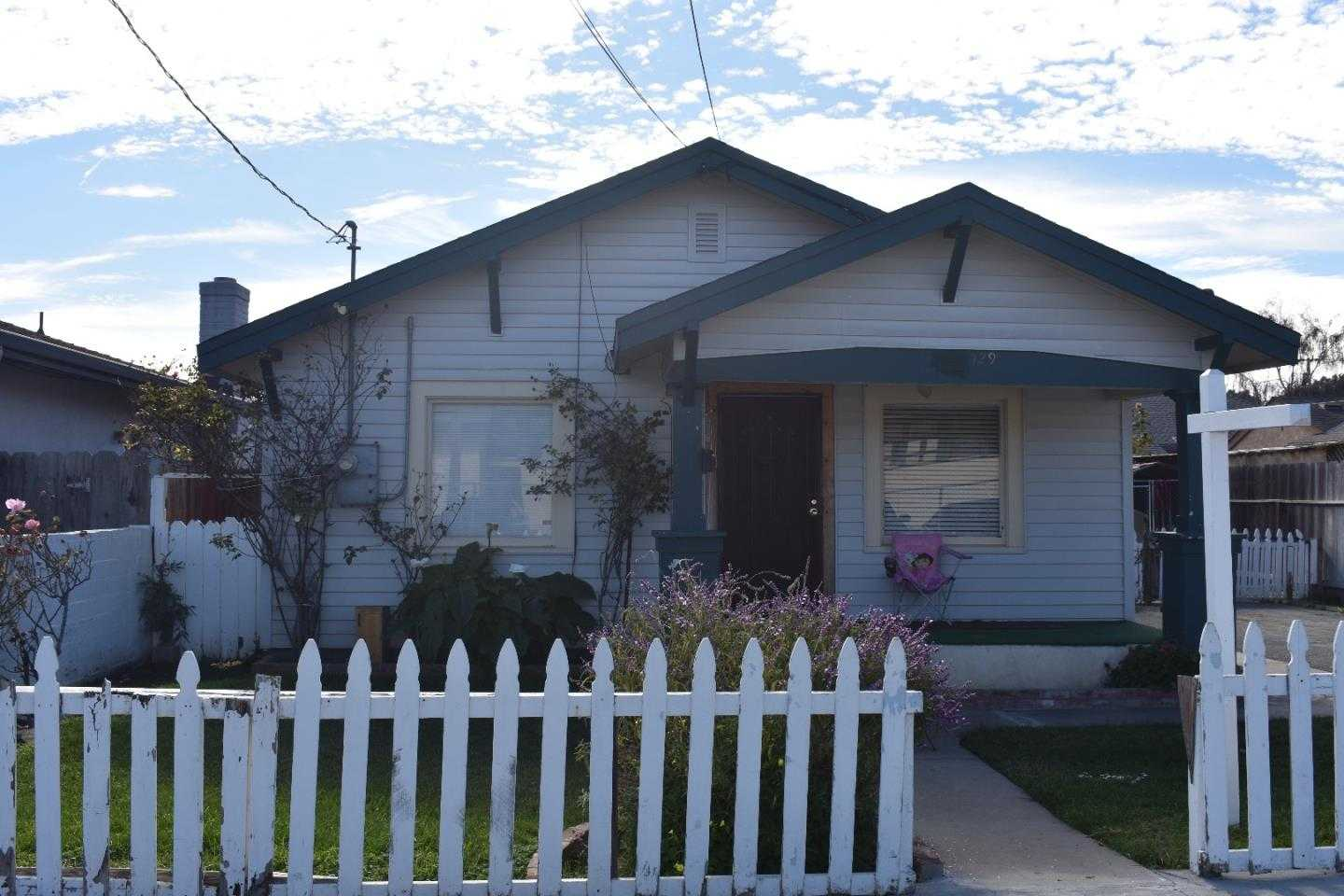 $399,900 - 2Br/1Ba -  for Sale in Salinas