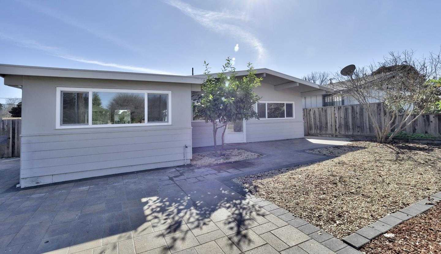 $1,300,000 - 3Br/1Ba -  for Sale in Mountain View