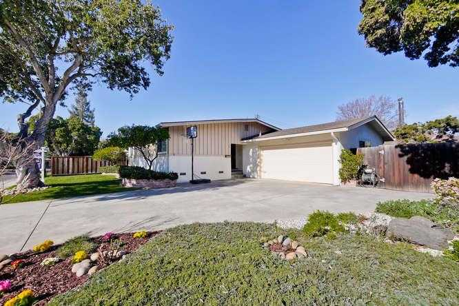 $2,498,000 - 3Br/2Ba -  for Sale in Palo Alto
