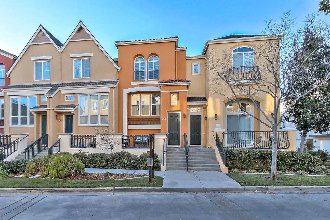 $1,188,000 - 2Br/3Ba -  for Sale in Santa Clara