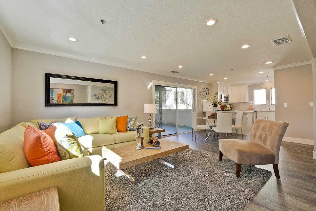 $1,375,000 - 3Br/3Ba -  for Sale in Mountain View