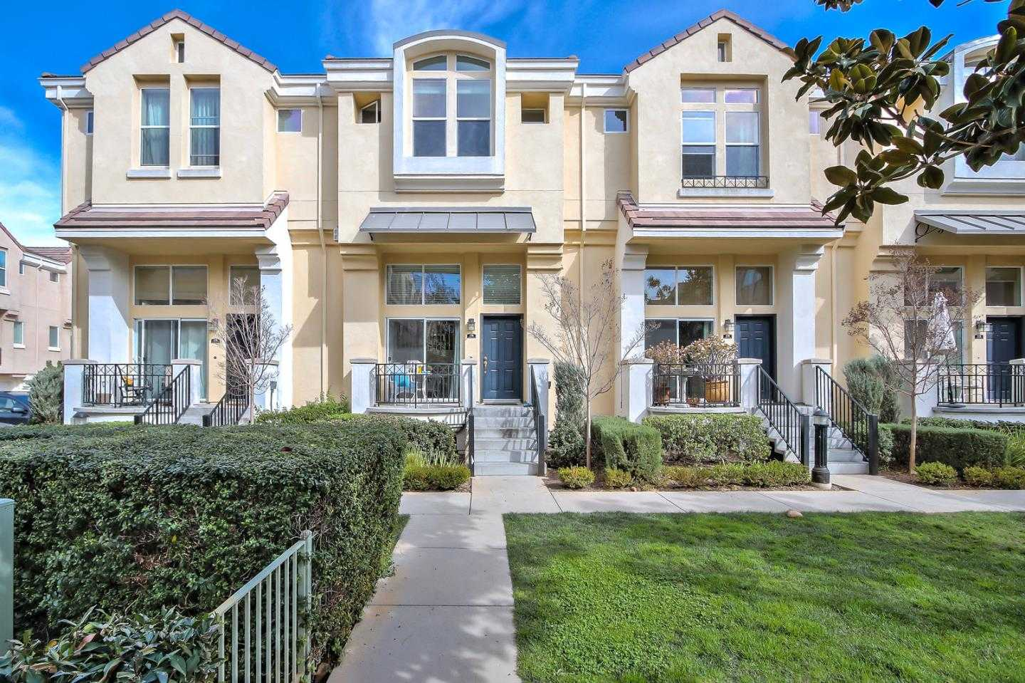 $1,399,000 - 3Br/3Ba -  for Sale in Mountain View