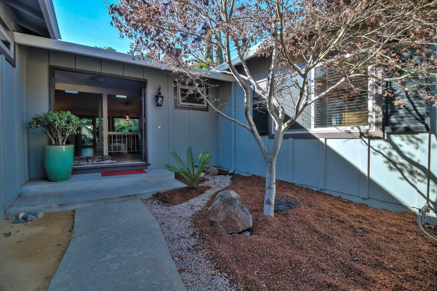 $2,500,000 - 4Br/3Ba -  for Sale in Mountain View