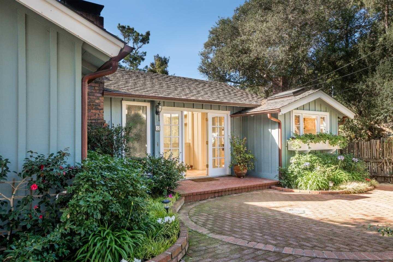 $3,000,000 - 4Br/3Ba -  for Sale in Carmel