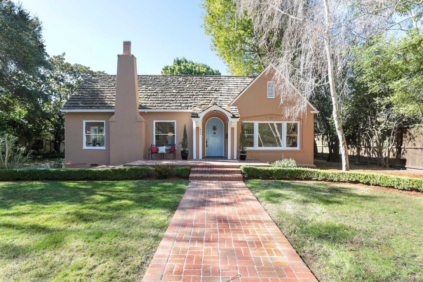 $5,998,000 - 3Br/2Ba -  for Sale in Palo Alto
