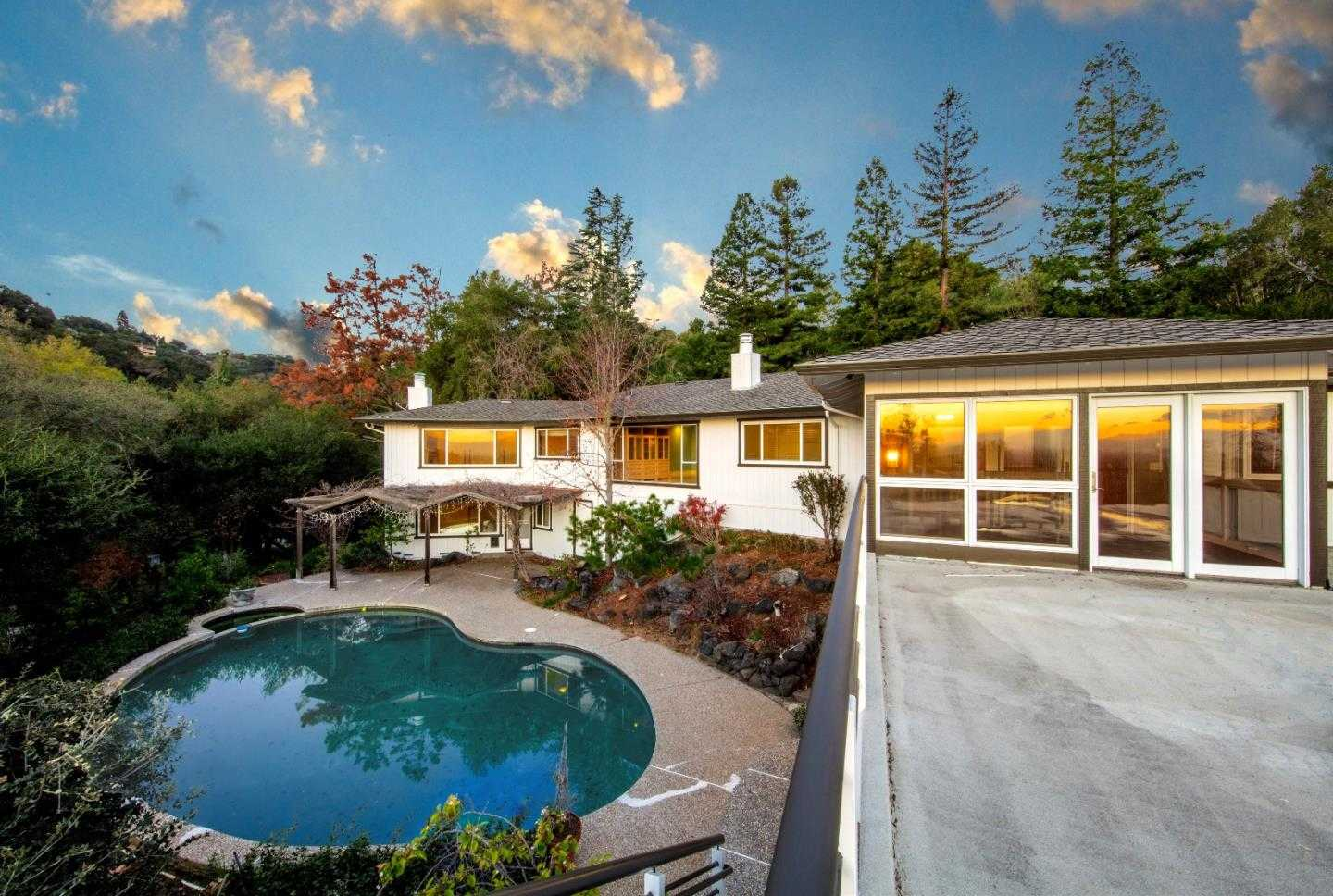 $3,699,888 - 4Br/4Ba -  for Sale in Cupertino