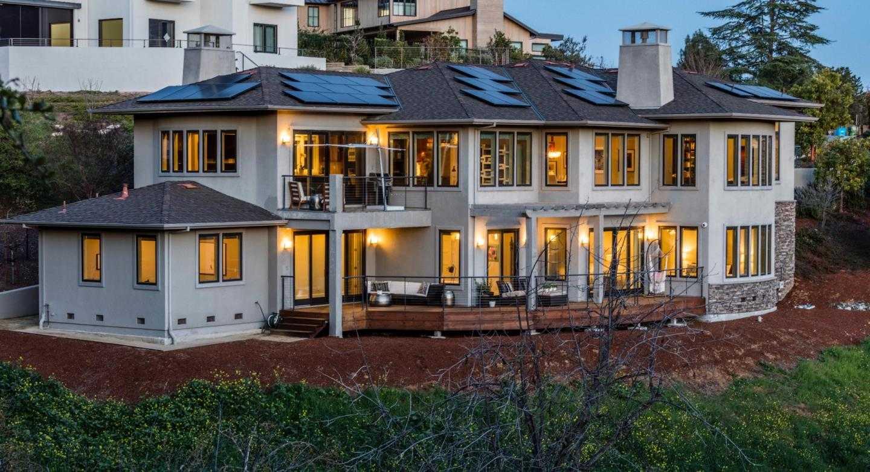 $5,950,000 - 5Br/5Ba -  for Sale in Los Altos