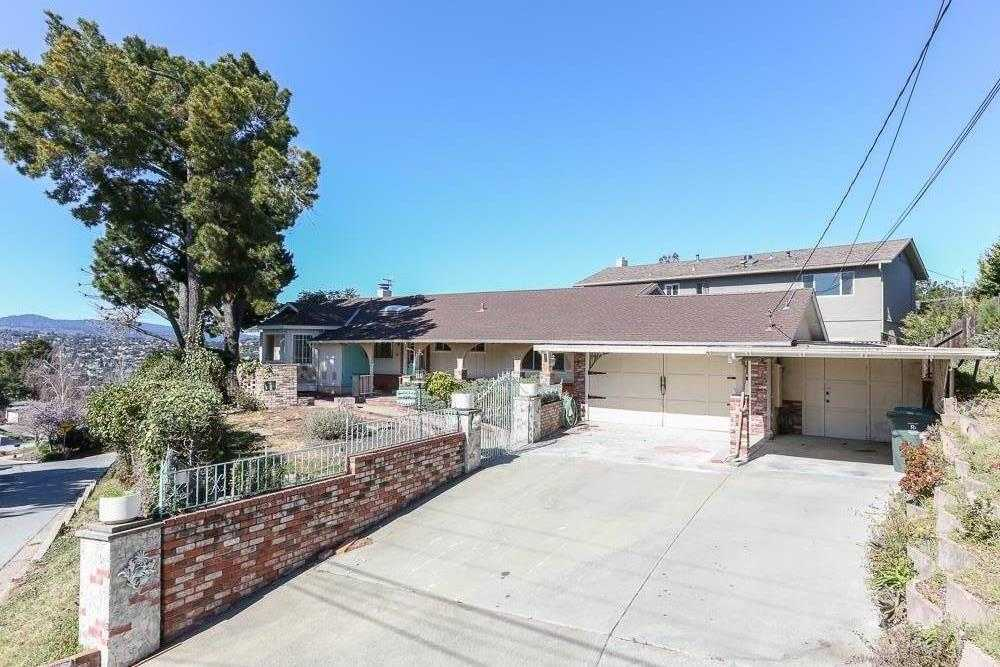 $1,530,000 - 3Br/2Ba -  for Sale in San Carlos