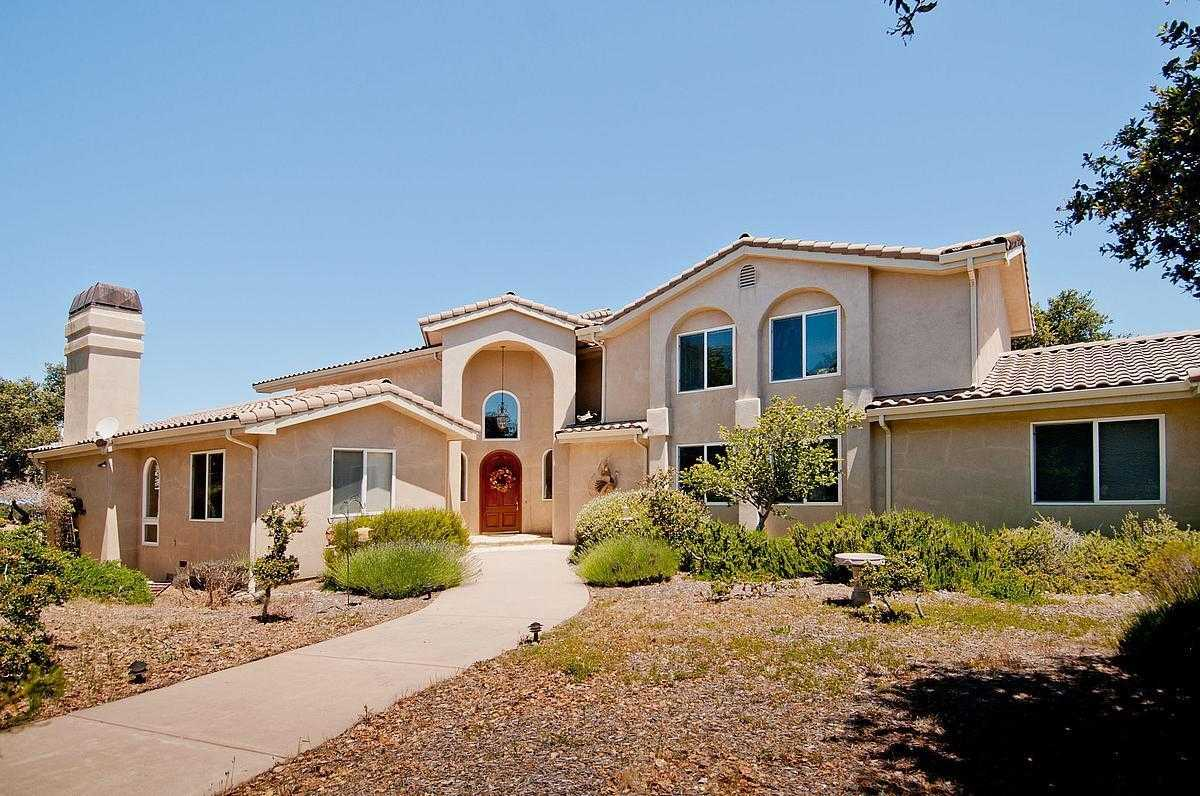 $2,200,000 - 3Br/4Ba -  for Sale in Monterey