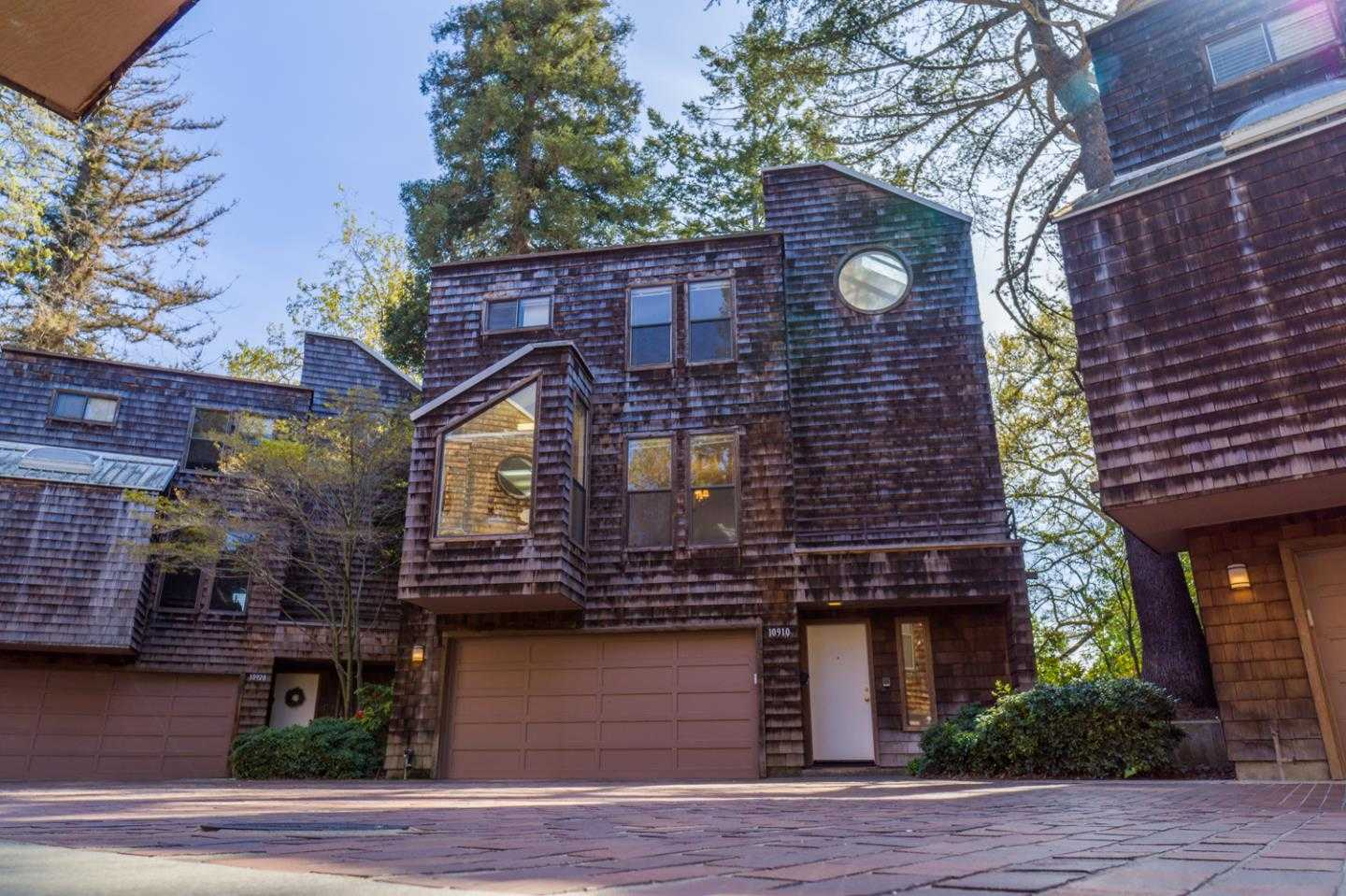 $1,195,000 - 3Br/4Ba -  for Sale in Cupertino