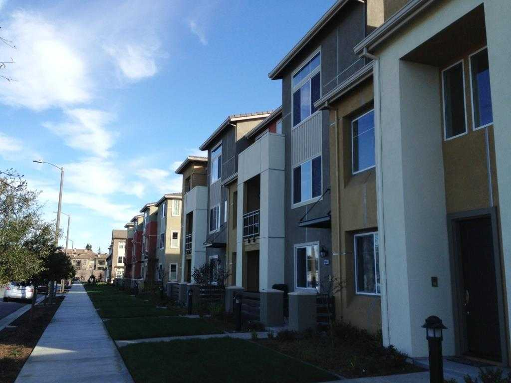 $1,599,800 - 4Br/4Ba -  for Sale in Sunnyvale