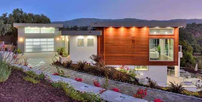 $9,980,000 - 5Br/7Ba -  for Sale in Los Altos Hills