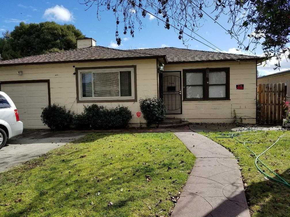 $850,000 - 4Br/2Ba -  for Sale in East Palo Alto
