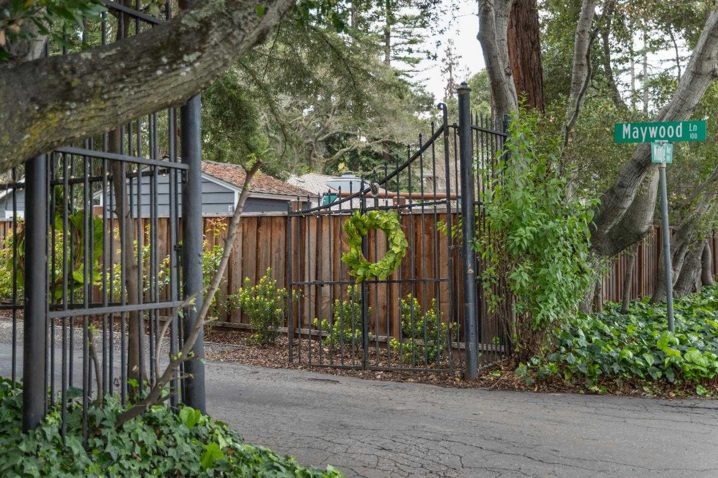 $3,995,000 - 3Br/2Ba -  for Sale in Menlo Park