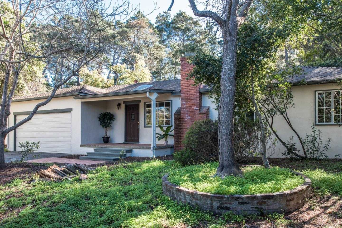 $875,000 - 4Br/2Ba -  for Sale in Monterey