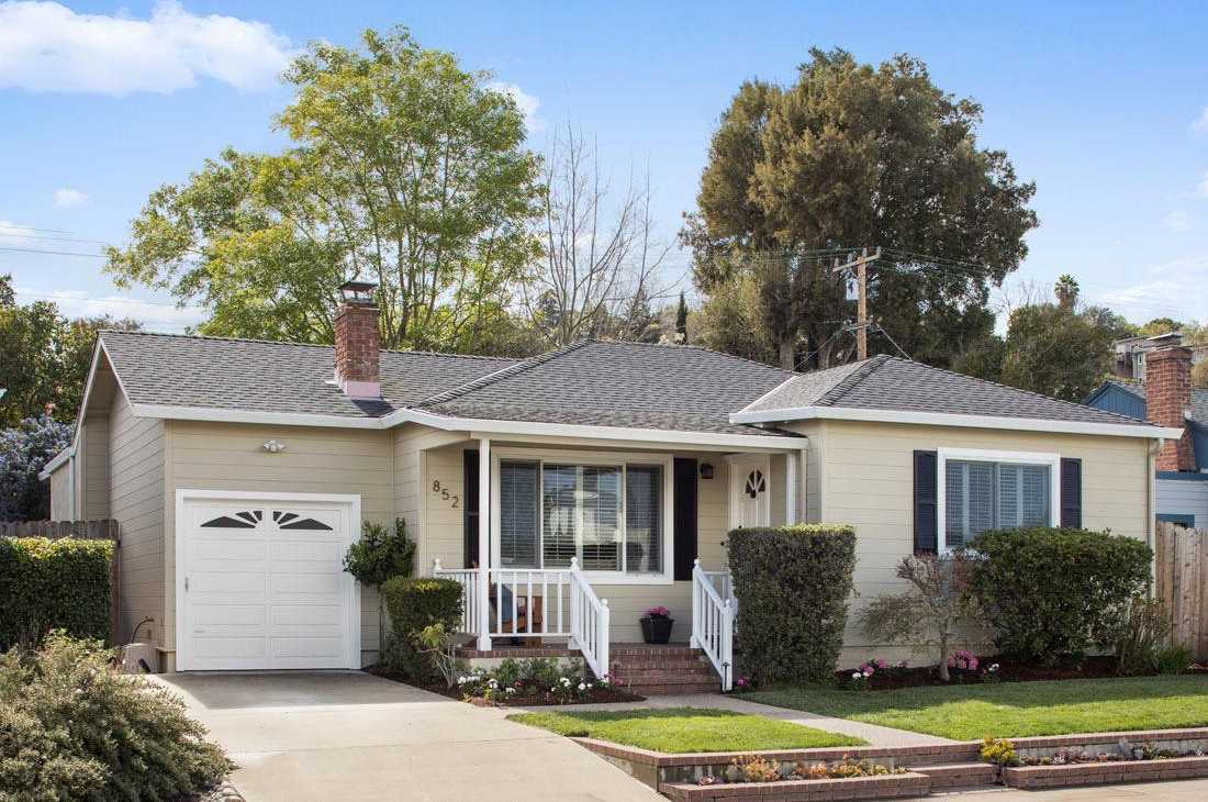 $1,895,000 - 3Br/3Ba -  for Sale in San Carlos
