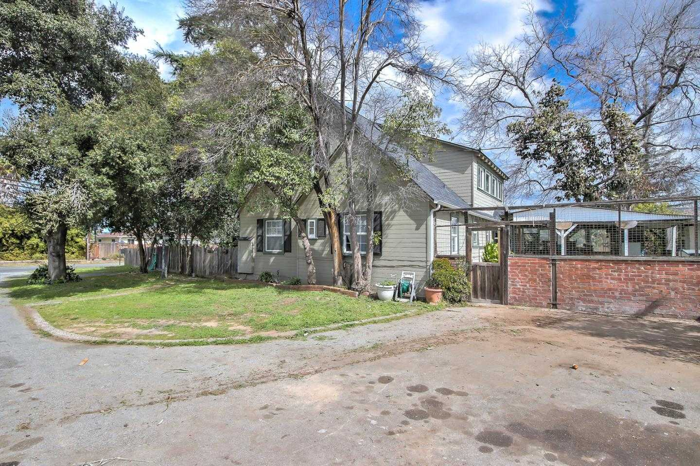 $1,499,000 - 3Br/2Ba -  for Sale in Campbell