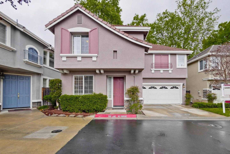 $1,750,000 - 3Br/3Ba -  for Sale in Saratoga