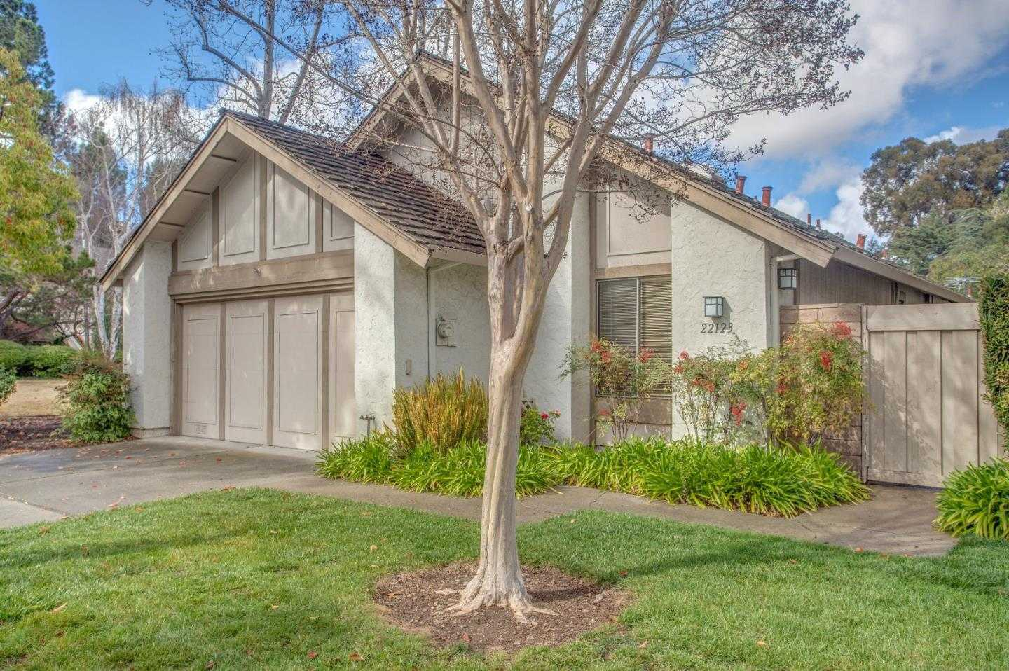 $1,895,000 - 3Br/2Ba -  for Sale in Cupertino