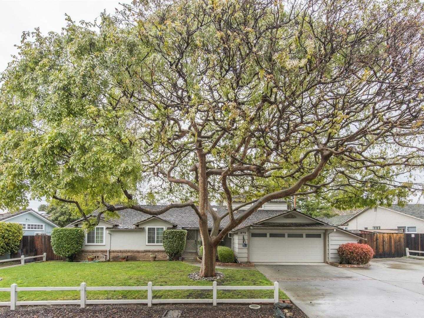 $1,949,000 - 4Br/2Ba -  for Sale in Mountain View
