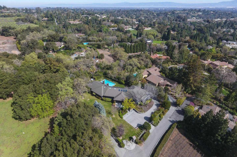$6,495,000 - 6Br/7Ba -  for Sale in Los Altos Hills