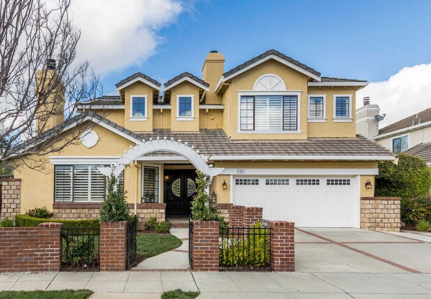 $2,998,000 - 5Br/3Ba -  for Sale in Mountain View