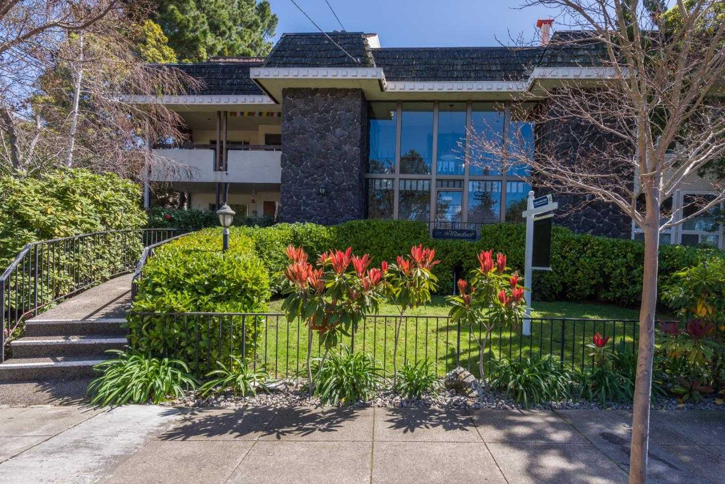 $1,125,000 - 2Br/2Ba -  for Sale in Redwood City