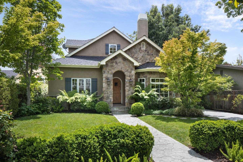 $4,500,000 - 5Br/4Ba -  for Sale in Palo Alto