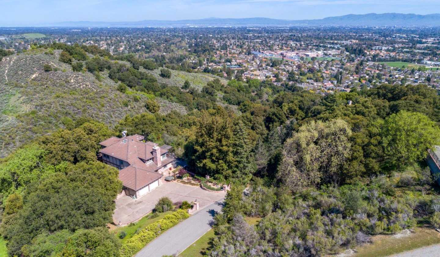 $3,398,000 - 4Br/4Ba -  for Sale in Cupertino
