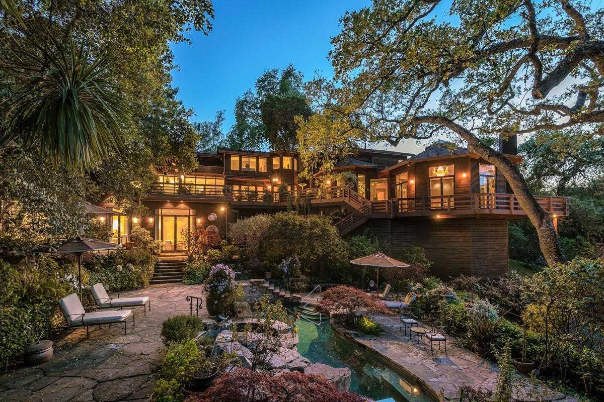 $6,995,000 - 4Br/8Ba -  for Sale in Los Altos Hills