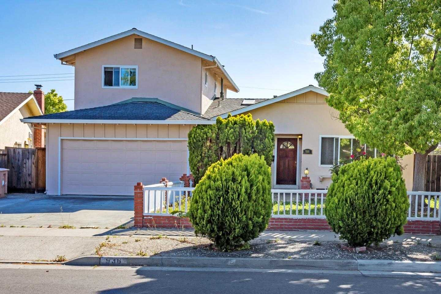 $2,280,000 - 5Br/3Ba -  for Sale in Cupertino