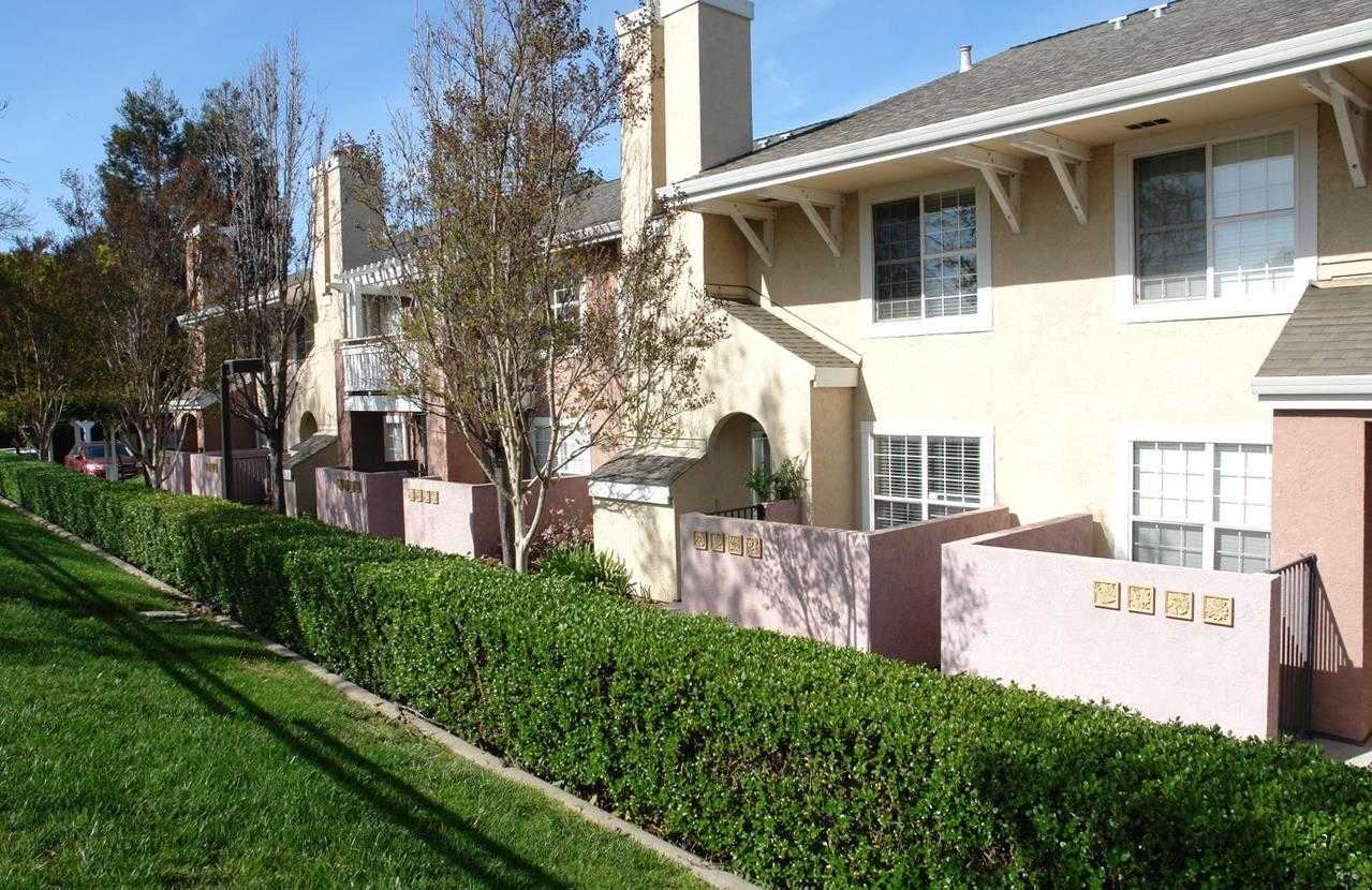 $1,118,888 - 2Br/3Ba -  for Sale in Sunnyvale