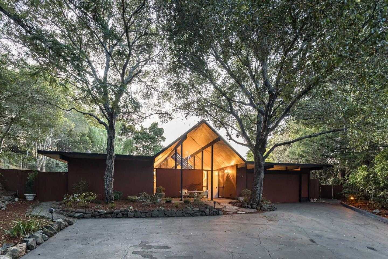 $2,988,000 - 5Br/3Ba -  for Sale in Palo Alto