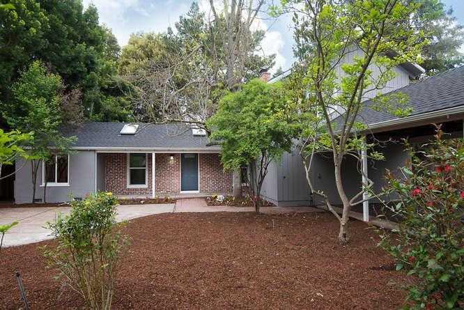 $3,198,888 - 5Br/4Ba -  for Sale in Palo Alto
