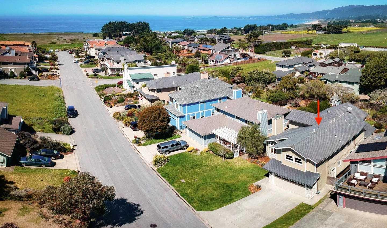 217 Miramontes Ave Half Moon Bay, CA 94019