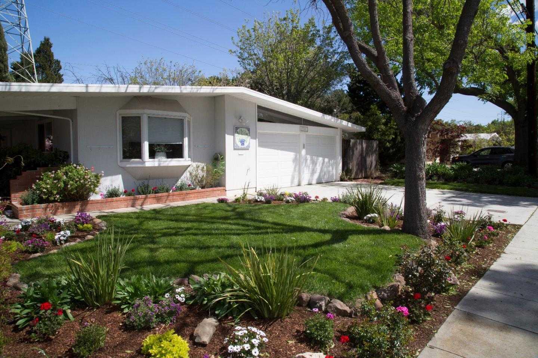 $1,999,000 - 3Br/2Ba -  for Sale in Palo Alto
