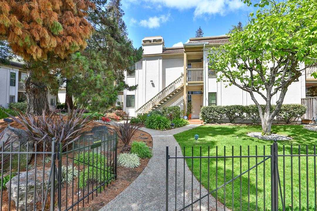 $899,998 - 2Br/2Ba -  for Sale in Redwood City