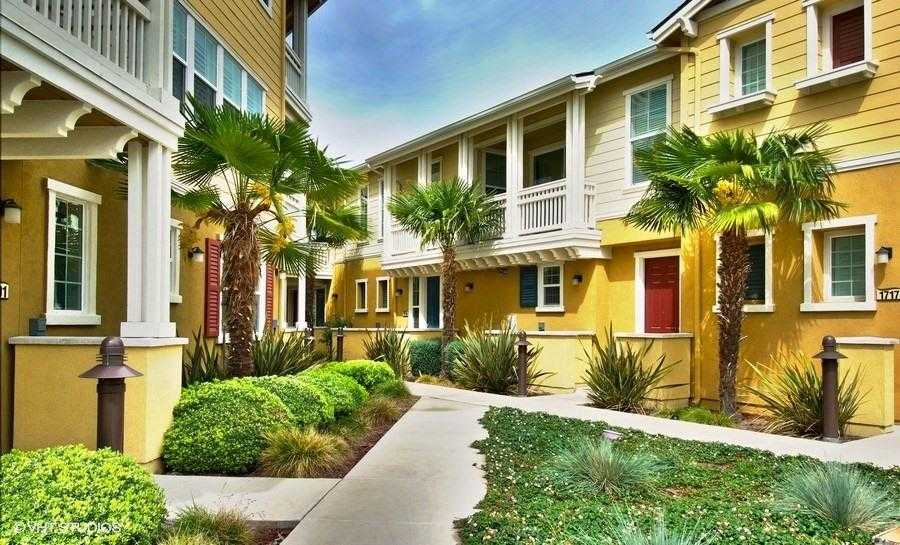 $1,098,888 - 2Br/3Ba -  for Sale in Redwood City