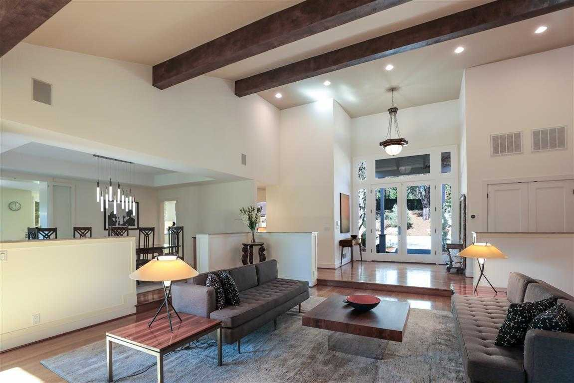 $8,250,000 - 6Br/5Ba -  for Sale in Woodside