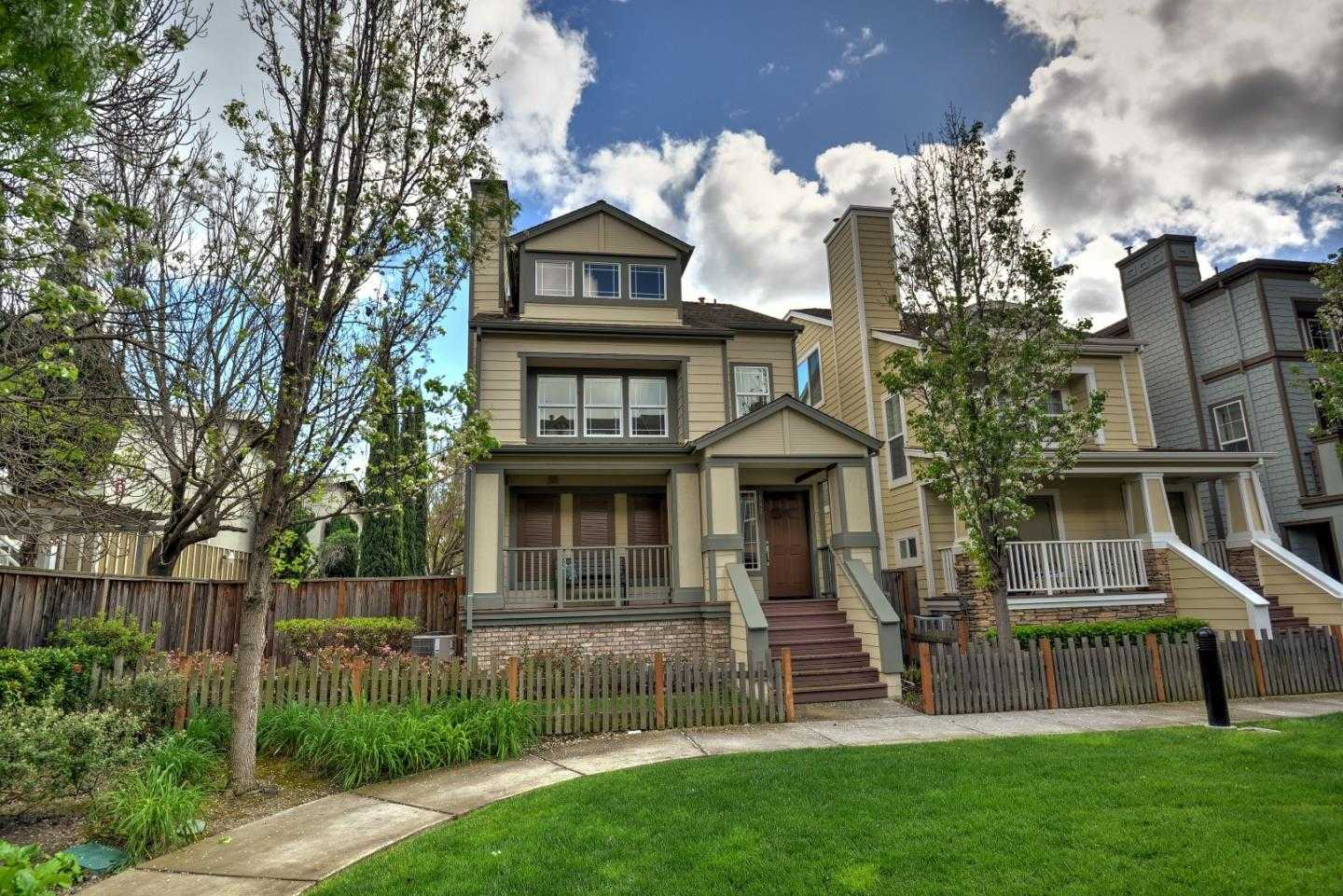 $1,395,000 - 3Br/4Ba -  for Sale in Mountain View