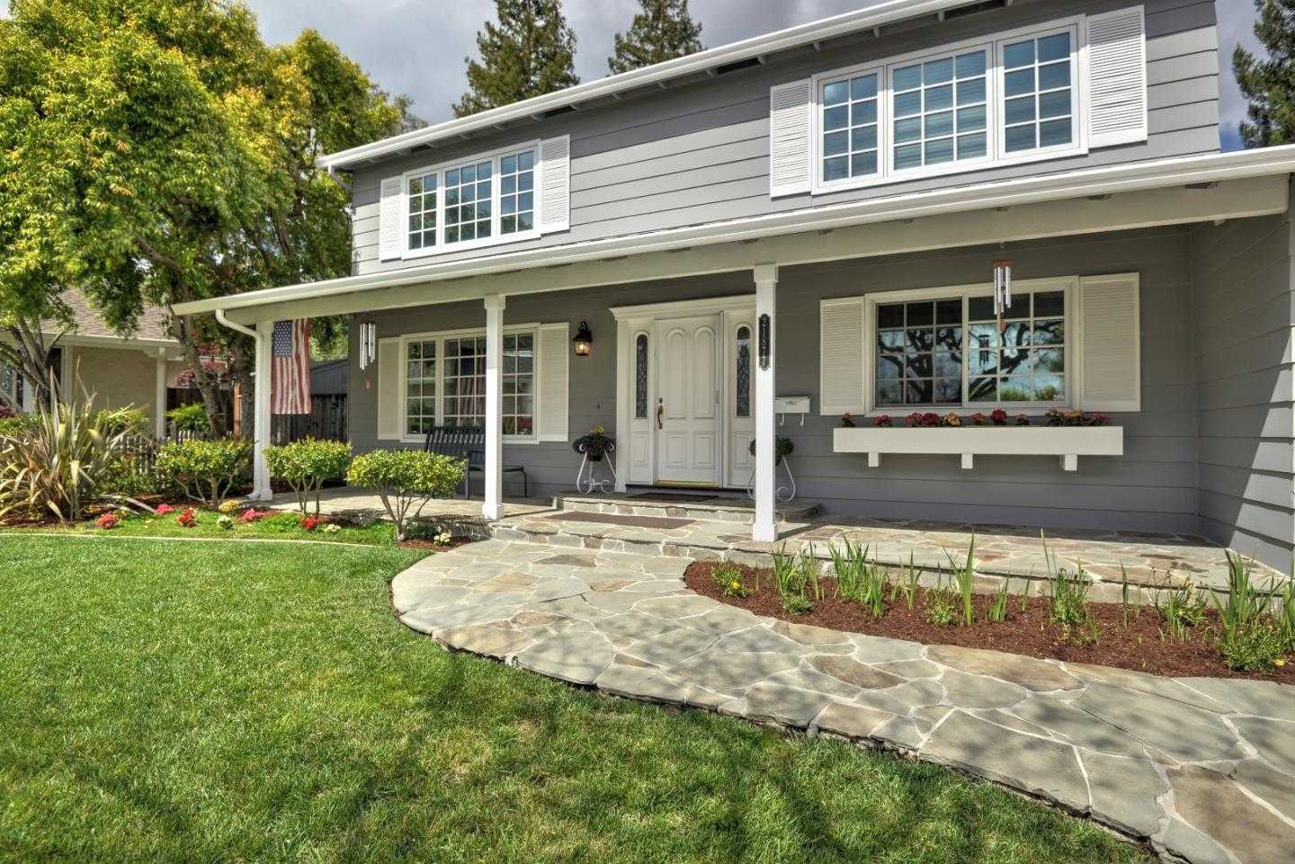 $2,525,000 - 5Br/3Ba -  for Sale in Cupertino