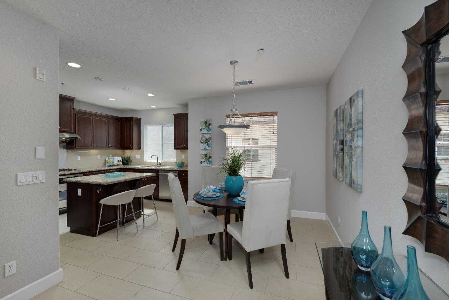 $1,399,000 - 2Br/3Ba -  for Sale in Mountain View