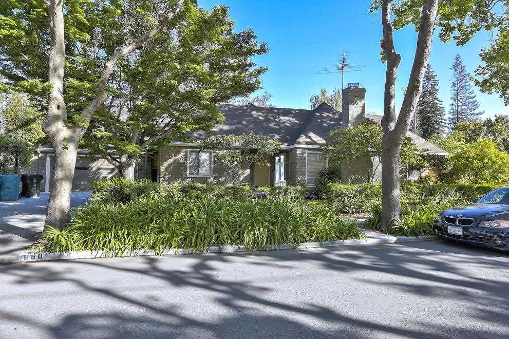 $4,488,000 - 3Br/2Ba -  for Sale in Palo Alto