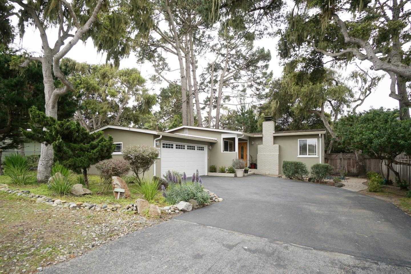 $998,000 - 3Br/2Ba -  for Sale in Pacific Grove
