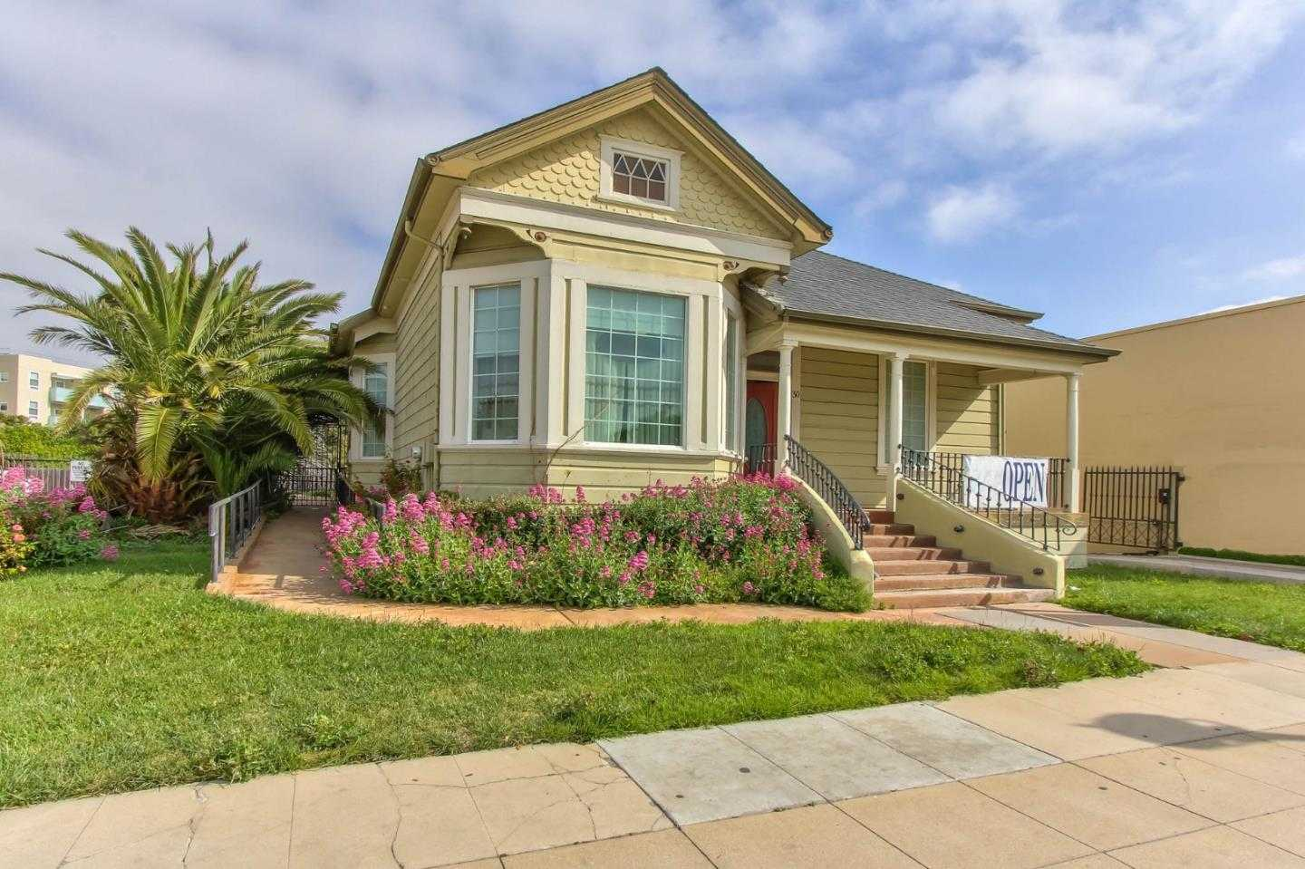 $549,000 - 3Br/2Ba -  for Sale in Salinas