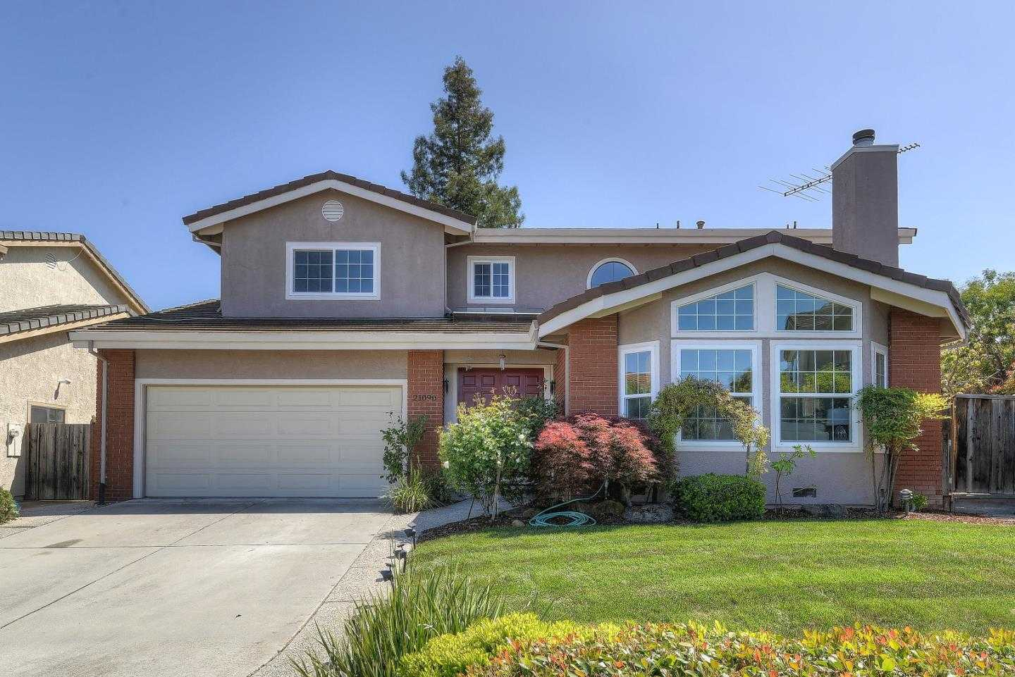 $2,658,000 - 5Br/4Ba -  for Sale in Cupertino