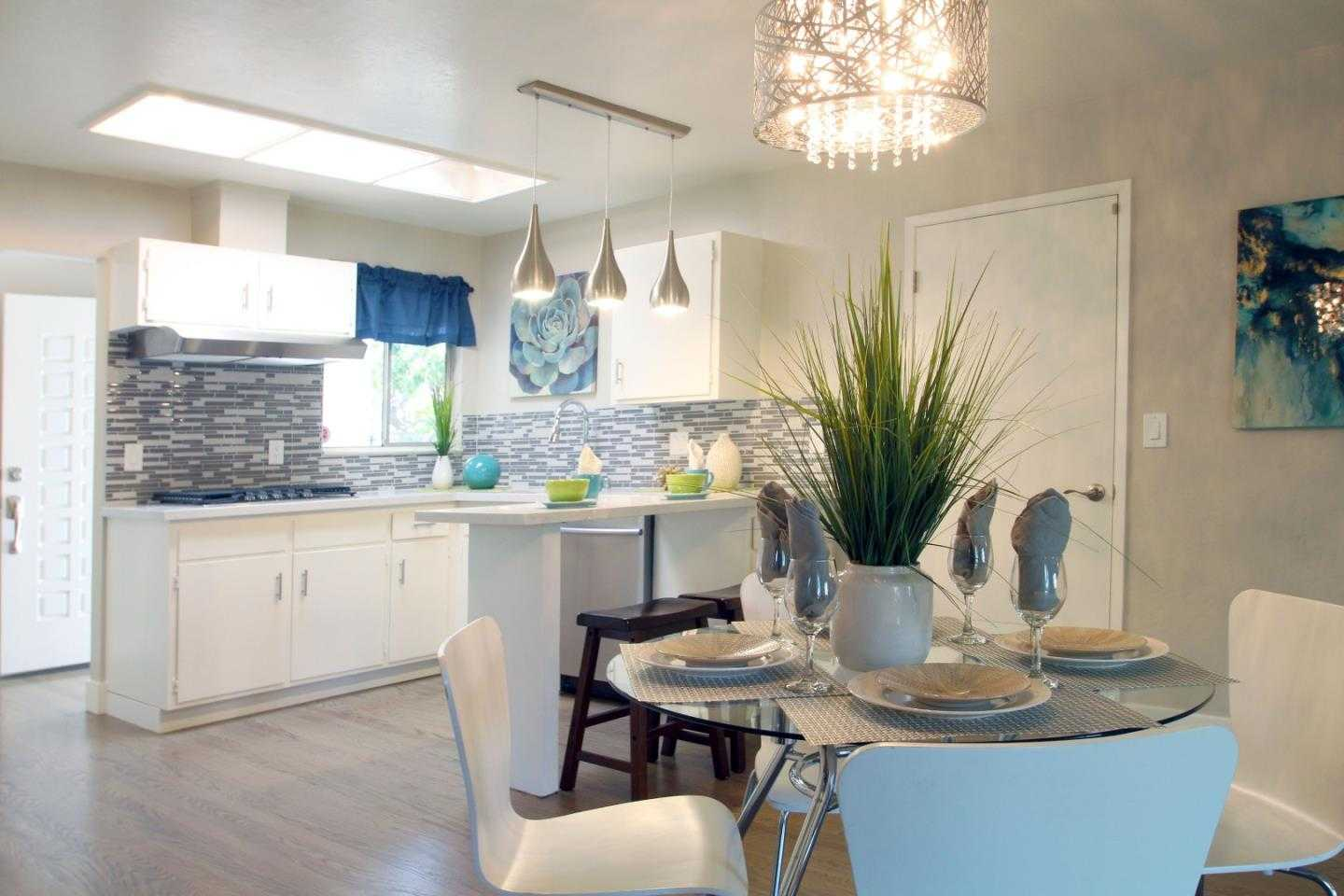 $1,599,999 - 5Br/3Ba -  for Sale in Campbell