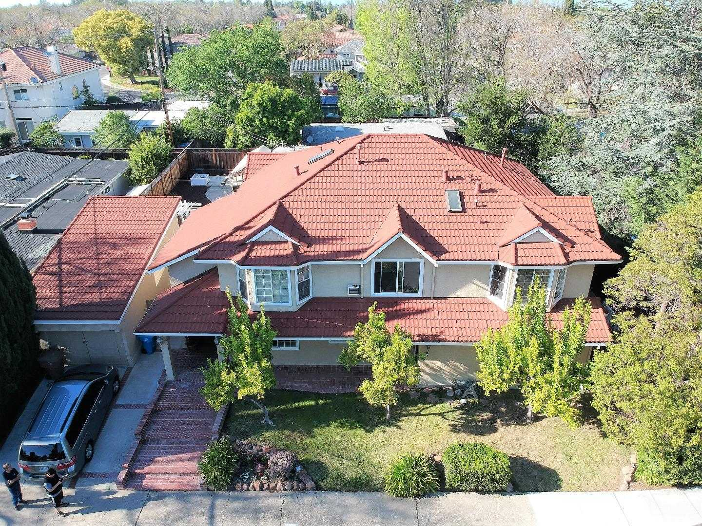 $2,879,000 - 6Br/4Ba -  for Sale in Cupertino