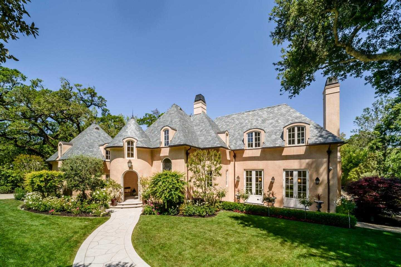 $11,980,000 - 5Br/7Ba -  for Sale in Hillsborough