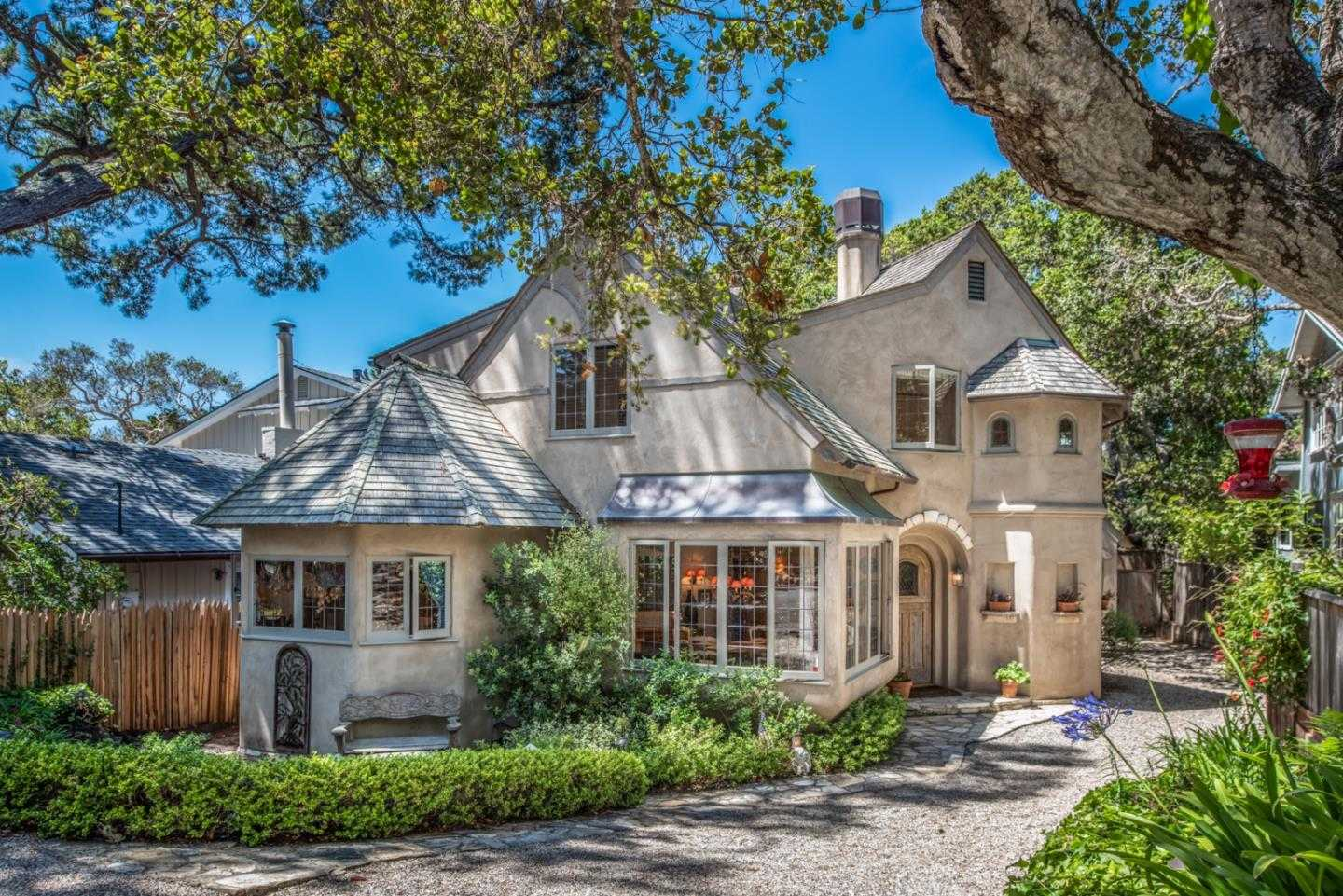 $2,595,000 - 2Br/2Ba -  for Sale in